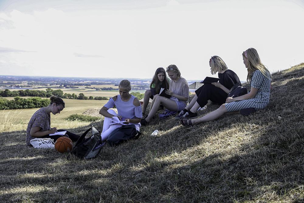 Forfatterskolen for Unges sommercamp, juli 2018. Forfattercamp for unge i alderen 12-22 år er for unge i Vest- og Midtsjælland.